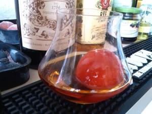 Campari-Eiswürfel im Drink 1