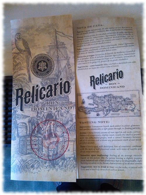 relicario-booklet