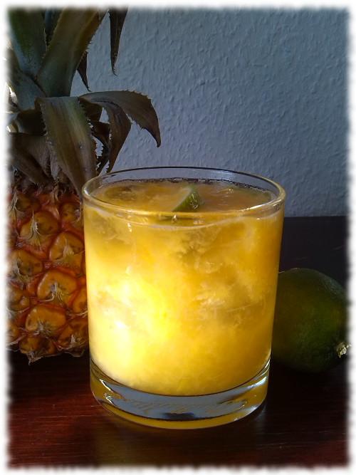 peachcaipirinha-cocktail