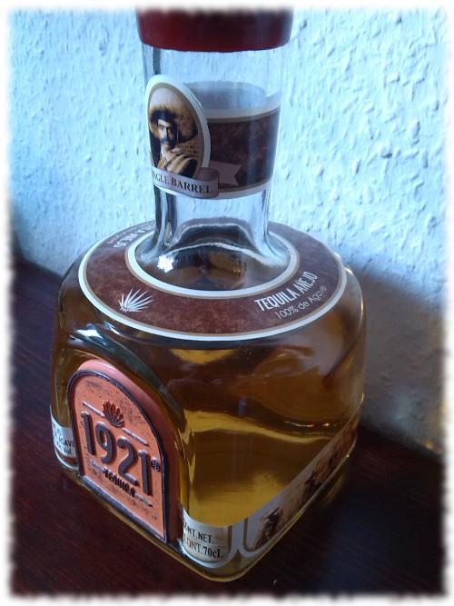1921 Tequila Añejo Seitenansicht