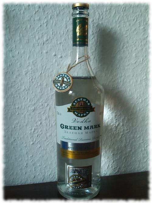 Green Mark Vodka Flasche