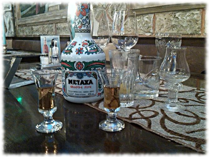 Spirituosenverkostung beim Griechen