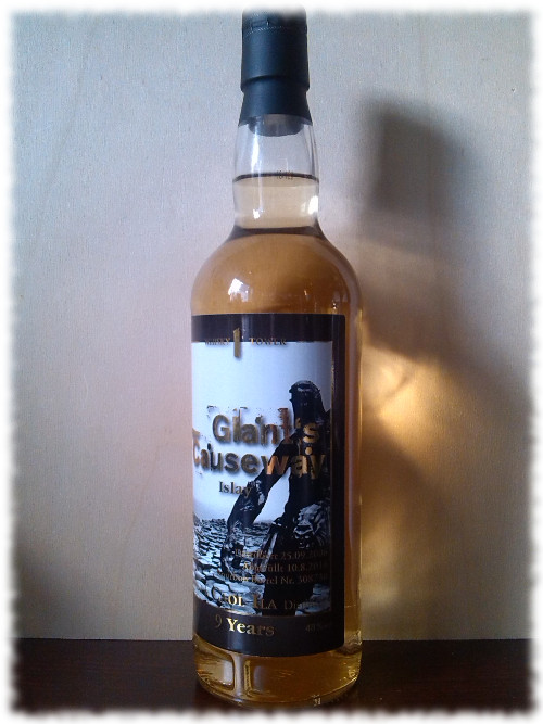 Whiskytower Giant's Causeway Islay Flasche