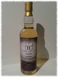 Whiskytruhe Macduff Highland Single Malt Scotch Whisky Flasche