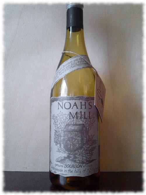 Noah's Mill Small Batch Boutique Bourbon Flasche