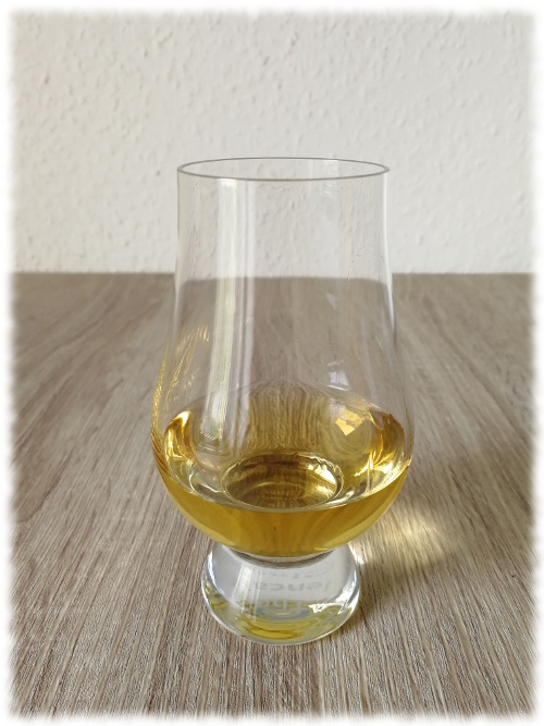 Navy Island Select Cask First Edition Hampden 10y Jamaica Rum Glas