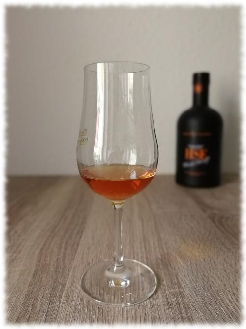 HSE Black Sheriff Rhum Vieux Agricole Glas