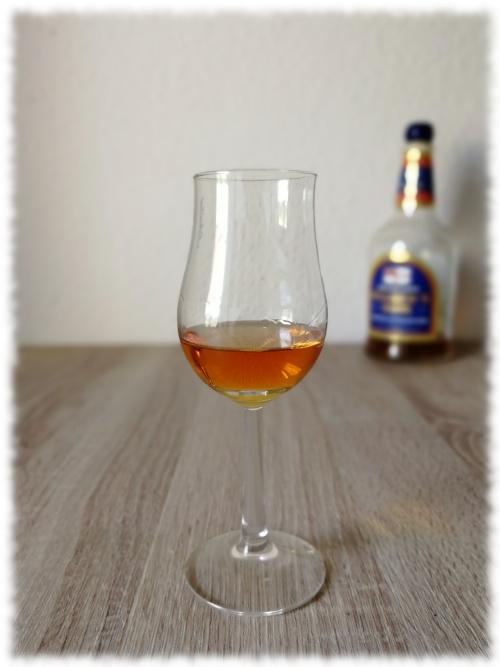 Pusser's British Navy Rum 40% Glas