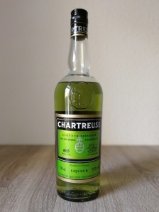 chartreuse-grün