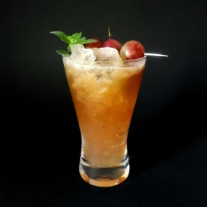 Blushing Yakima Cocktail