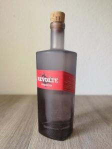 Revolte Overproof Rum Flasche