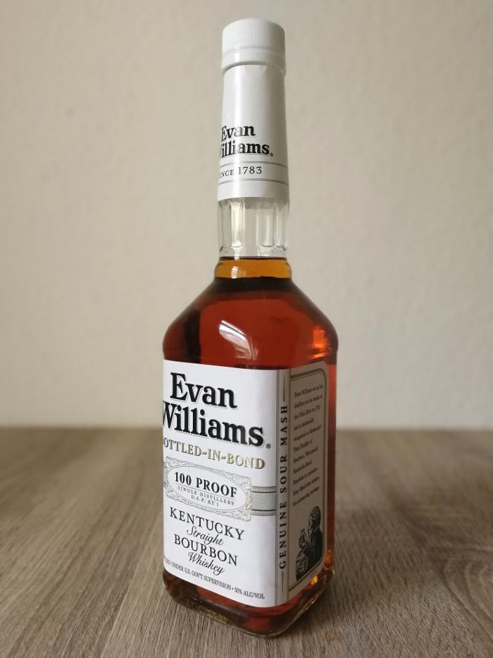 Evan Williams Bottled-in-Bond 100 Proof Kentucky Straight Bourbon Whiskey