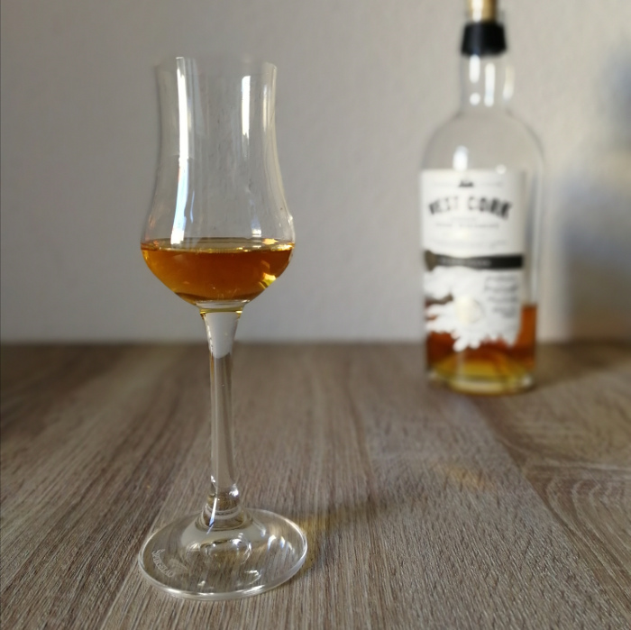 West Cork Blended Irish Whiskey Black Cask Glas