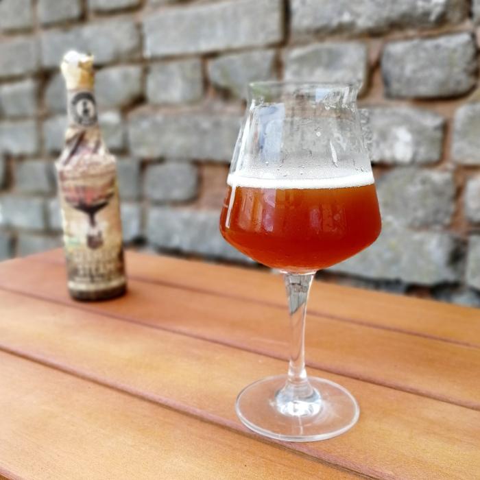 Rügener Insel-Brauerei German Steam Wood Pale Ale (German Aviation Beer #2) Glas