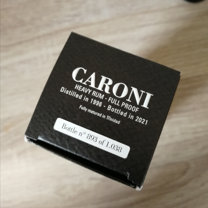 "Velier Caroni Heavy Rum ""Employees"" Special Edition 5th Release (VSGB) Dhanraj ""Dan"" Maharaj Kartondeckel"