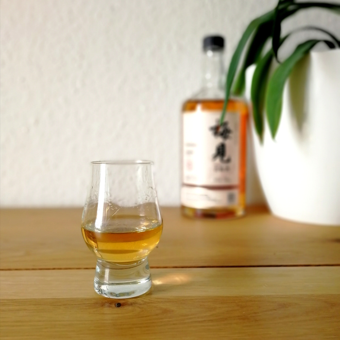 MeiJian Green Plum Wine (梅見青梅酒) Glas